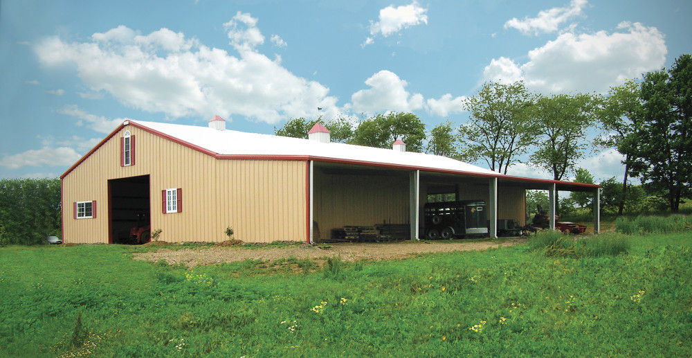 Customized Agricultural Steel Buildings Hay Barn With Steel Wall And Roof 0.7mm PPGI