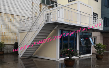 China Multi Floor Prefab Container House 20ft Flat Pack Homes For Family Leisure And Tourism Use distributor
